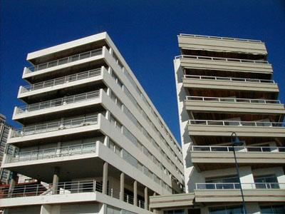 Edificios sobre el Puerto - Punta del Este