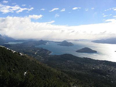 Vista de la ciudad de Bariloche y el lago Nahuel Huapi - Bariloche