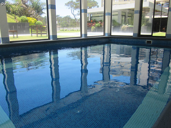 Heated pool located on the ground floor to the bottom of the building.<br><br>It overlooks the garden of the building.