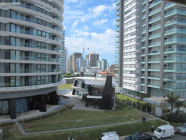 Imagen exterior desde la unidad con vista de Avenida Francia.