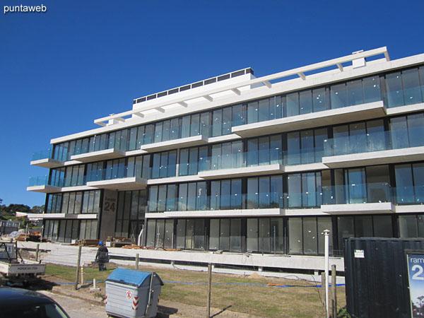 Fachada del edificio al 29/09/2015.