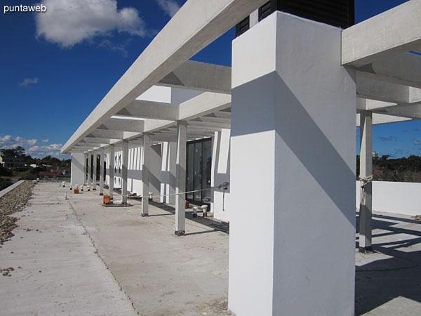 Terraza. Equipada con barbacoa y solarium.