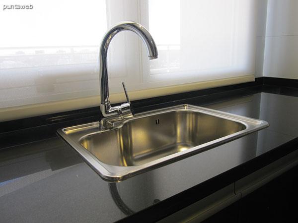 Detalle de disposici�n del lavavajillas.