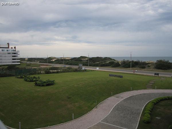 Vista desde el balcón terraza hacia el sureste.