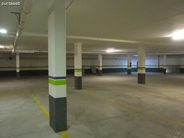 View from access to the garage in the basement to the sector dorms, barbecues and multipurpose room.