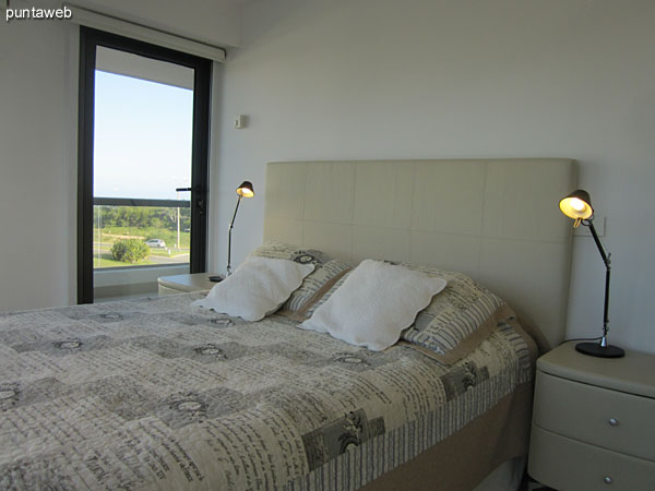 Master suite. Located at the building and equipped with double bed.<br><br>It has air conditioning.