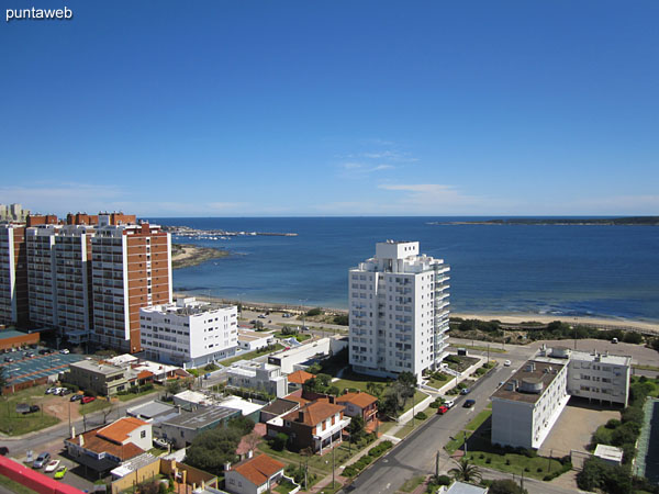 View of the bay of Punta del Este from the terrace on the second floor of the duplex.