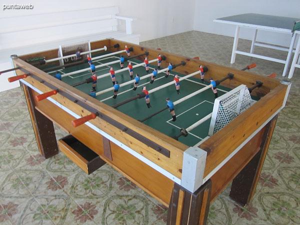 Sala de juegos en el salón de usos múltiples.