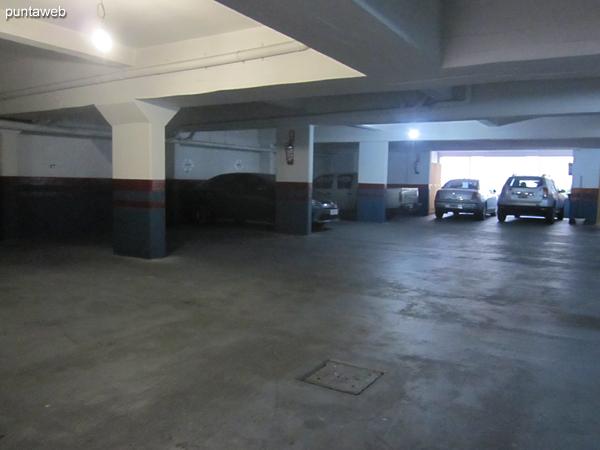 Entrada al garage del edificio.