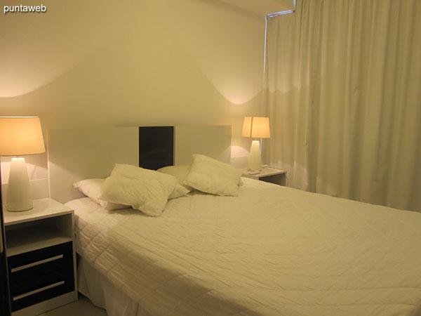 El apartamento cuenta con acceso a internet por Wi–Fi y TV Cable.