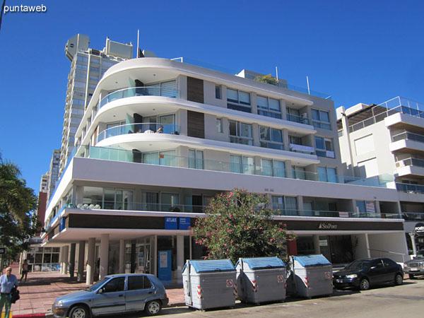 Sea Port facade located at the corner of Av. Gorlero and 17th Street.