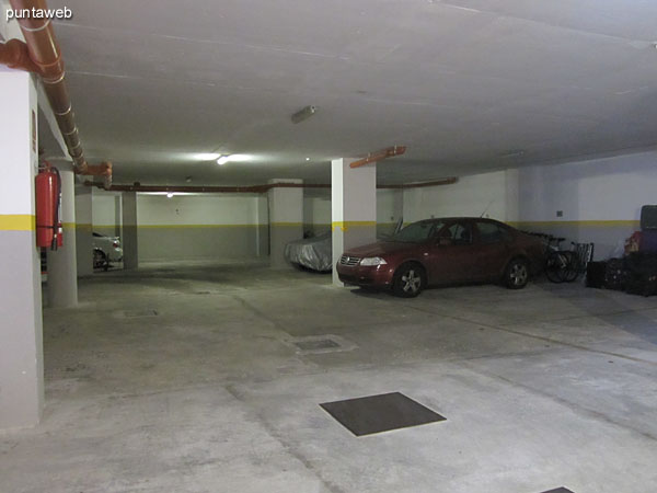Detail garage.