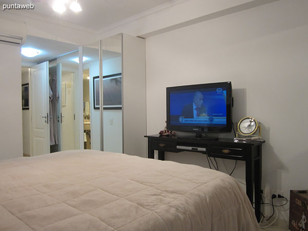 The suite features a flat–screen TV with cable.