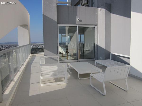 Hidromasaje en la terraza del edificio.