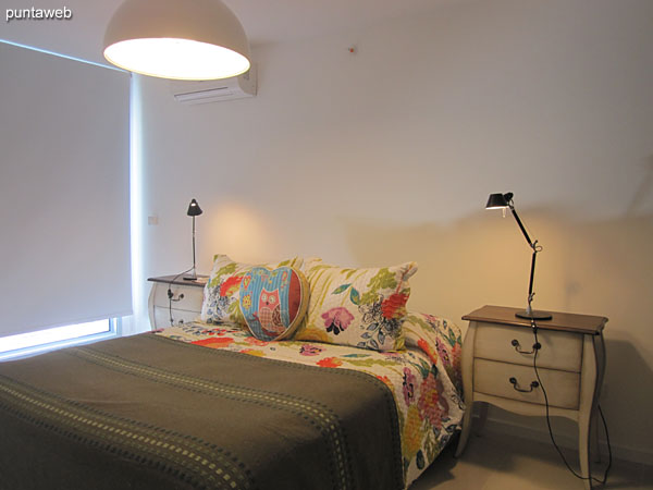 Pasillo hacia los dormitorios. A la derecha de la imagen la suite, a la izquierda, el segundo dormitorio.