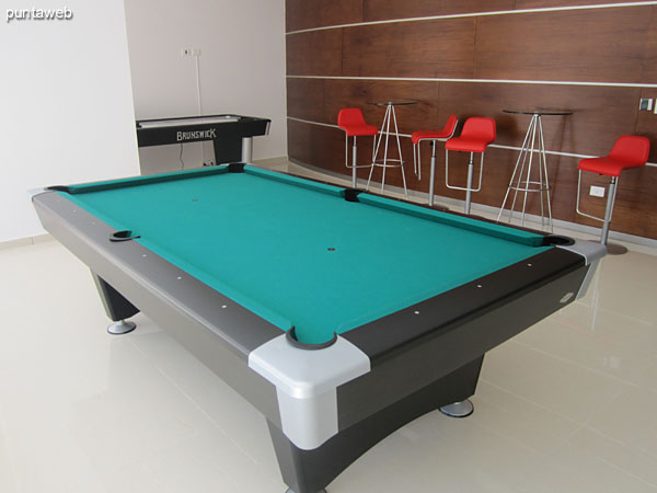 Detail pool table in the game room for children and adolescents.