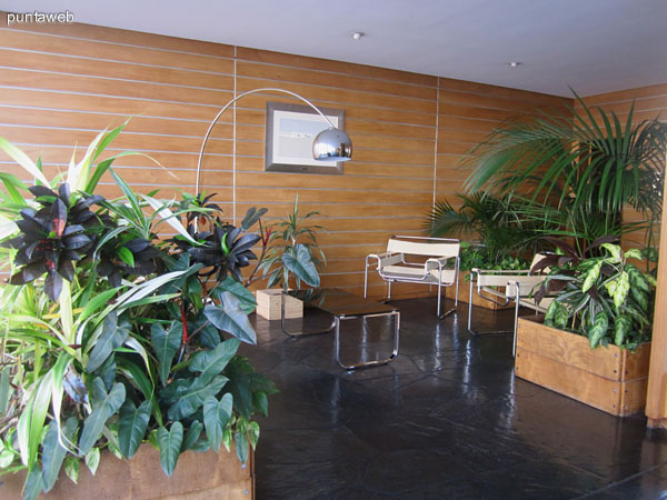 Reception of the building. Set with two living spaces.