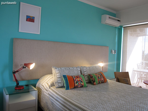 Bedroom. Equipped with double bed and air conditioner.<br><br>Access to balcony terrace.