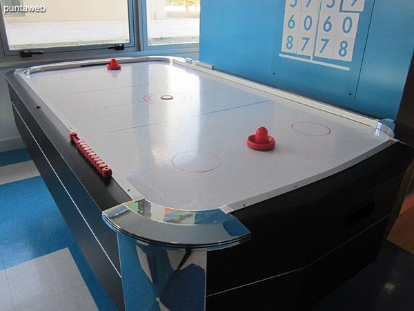 Espacio para los más pequeños en el salón de juegos para niños.