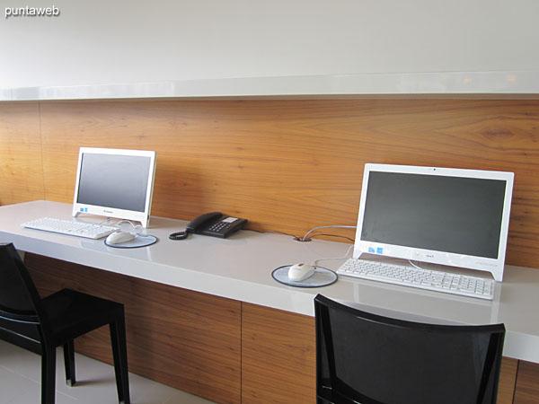 Sala de internet.