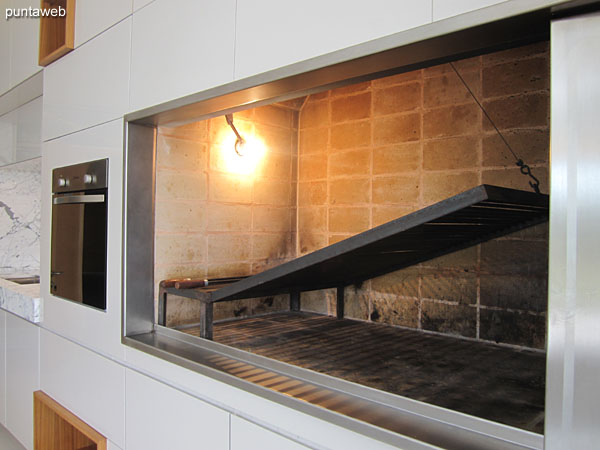 Espacio de barbacoa en el �ltimo piso del edificio.