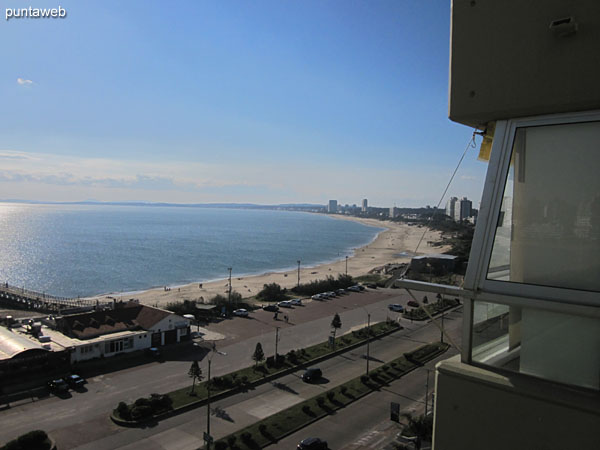 View towards the bay of Punta del Este along the Mansa beach from the window of the living room.