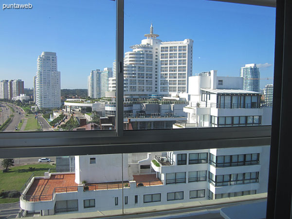 View towards the environment of buildings on the north side from the closed balcony.