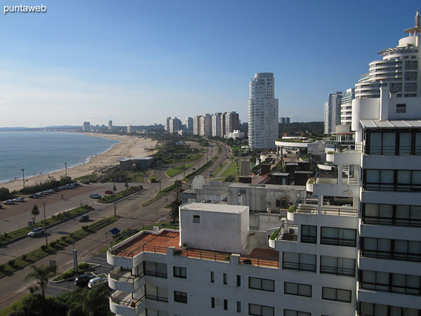 View towards the bay of Punta del Este along the Mansa beach from the window of the second bedroom.
