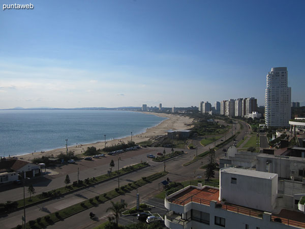 View towards the bay of Punta del Este along the Mansa beach from the window of the third bedroom.
