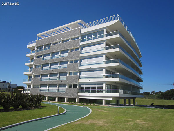 Block III, the building is located on the fourth floor towards the side of the photo and quiet part of the building.