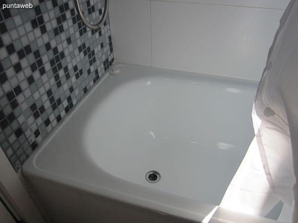 Bañera en la suite.