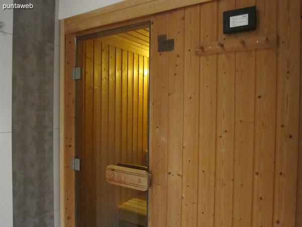 Dry sauna.