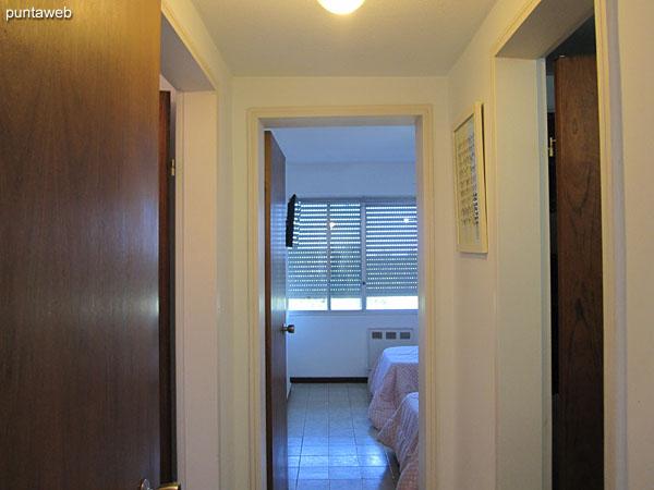 Pasillo de acceso a los dormitorios.