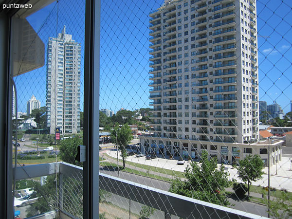 View from the terrace balcony of the apartment towards Av. Roosevelt.