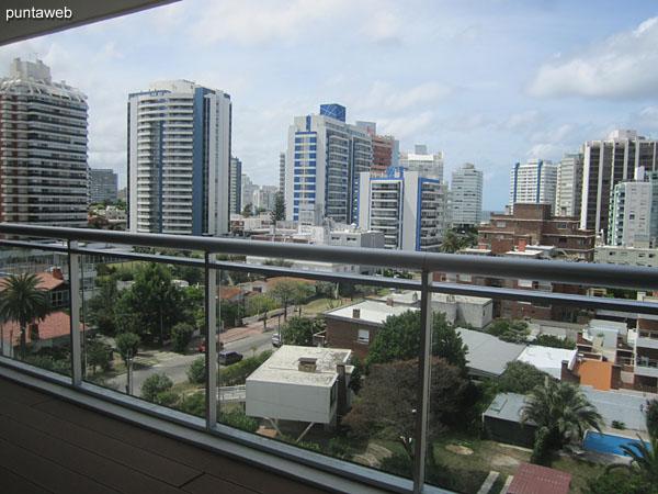 Vista desde la suite del apartamento de tres dormitorios a la altura del piso sexto.