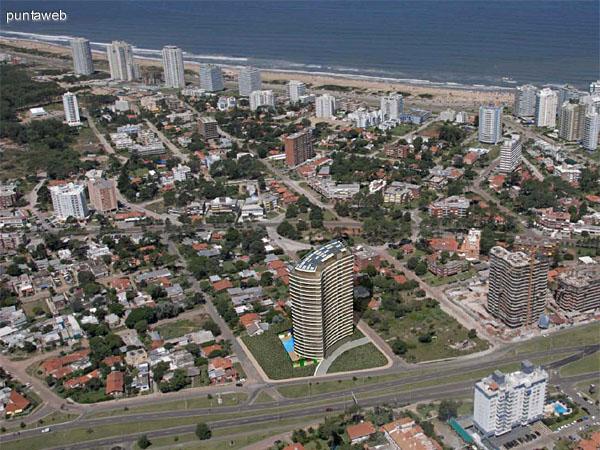 Vista aérea y relación distancia a playa Brava.
