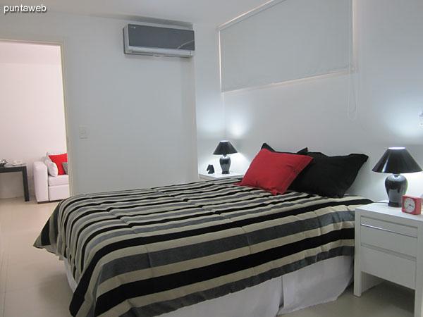 Dormitorio. Equipado con cama matrimonial.