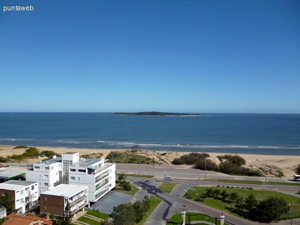 Isla de Gorriti vista desde la terraza.