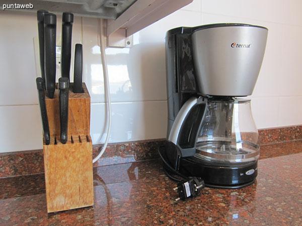 Diferentes electrodomésticos de la cocina.
