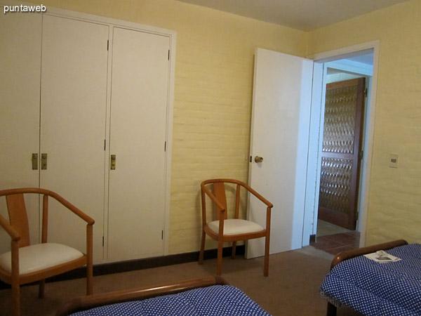 Detalle de la disposición de camas en el tercer dormitorio.